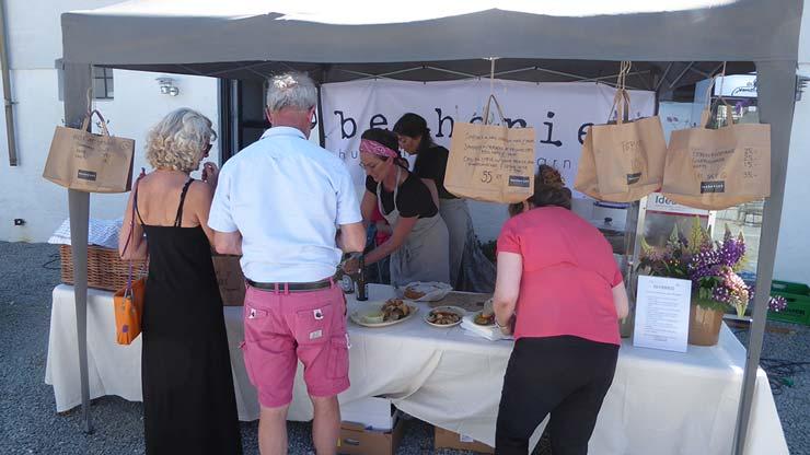 Velbesøgt Food Market i Gl. Skørping