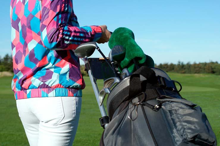 En usædvanlig traditionel golfmatch